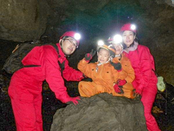 溶岩洞窟探検&樹海ウォッチング