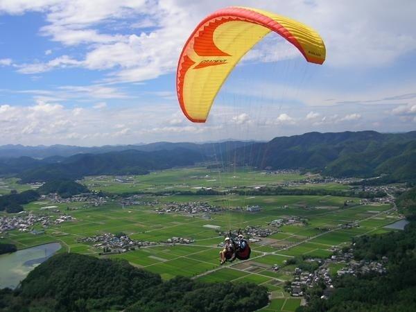 京都・亀岡 パラグライダー