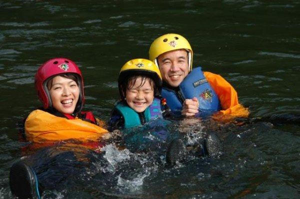 装備も充実のTACだから、家族みんなでも安心のこの笑顔。