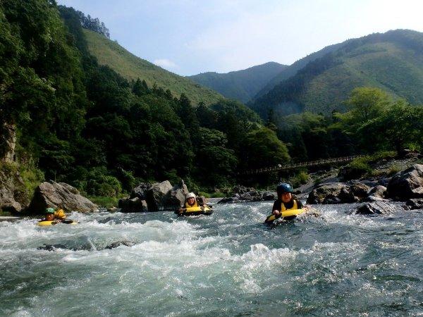 みずからコントロールし、多摩川を下っていこう!