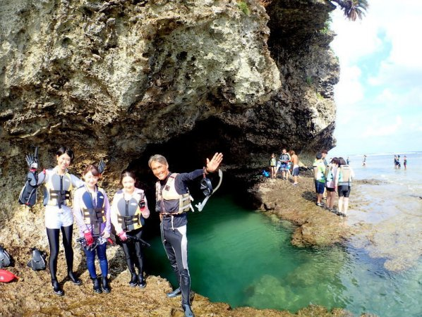 石垣島・青の洞窟 シュノーケリング