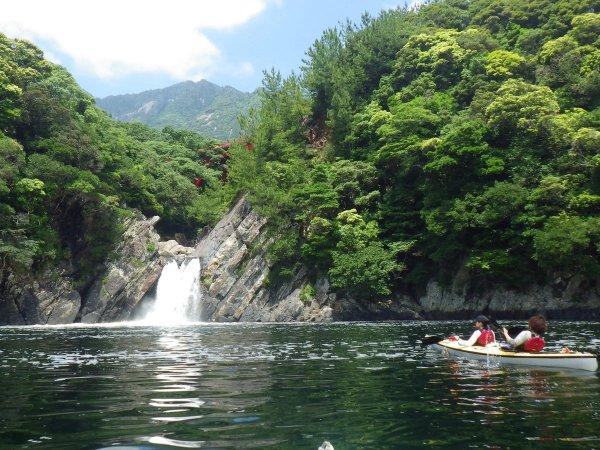 冬に楽しめるコース「トローキの滝」