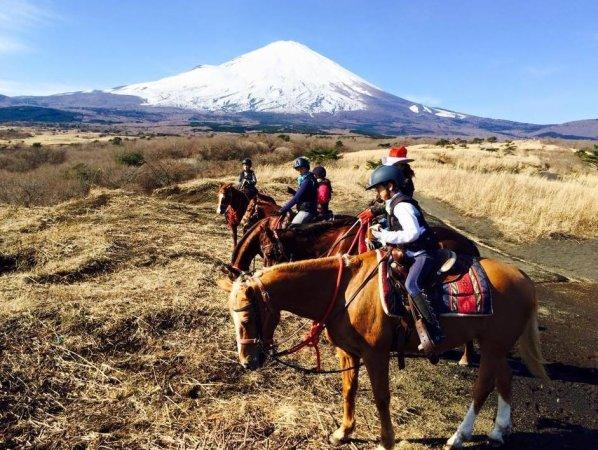 《ランチつき》富士山麓ホーストレッキング・半日コース