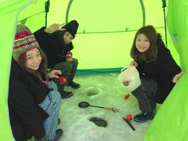 テント内は風を通さず快適!少人数でゆったり楽しめます