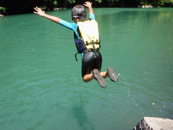 飛び込みに挑戦