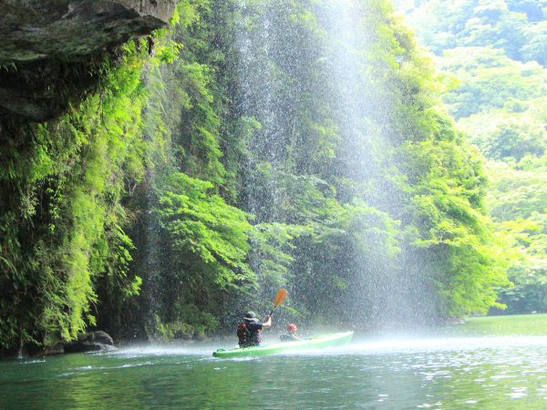 はんじゃく湖(班蛇口湖)カヤックツアー