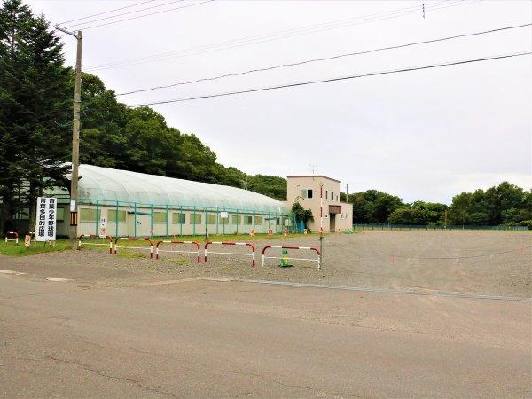 千歳市スポーツセンター横駐車場