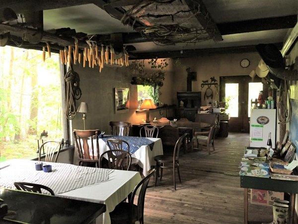 西部開拓時代にタイムスリップしたようなカフェでまったり♪