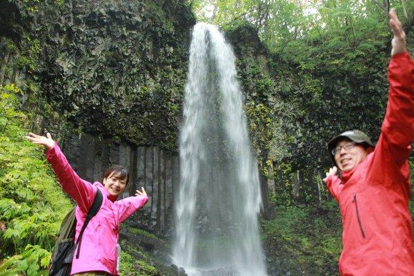 幻の滝「双竜の滝」は圧巻の迫力!