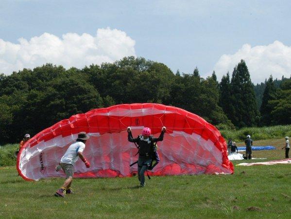 自分で空を飛べる浮遊体験もできる!