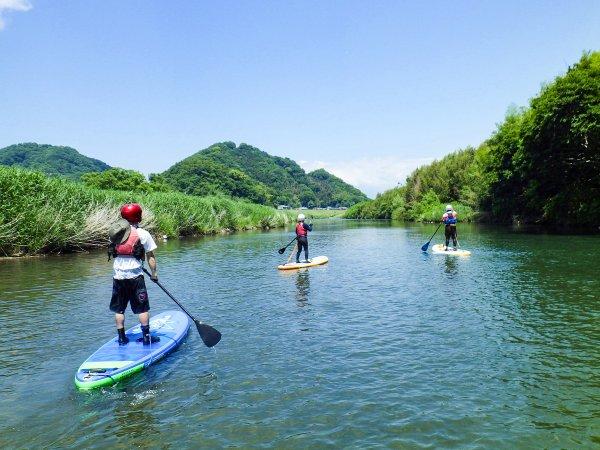 穏やかな川でゆったりSUP体験