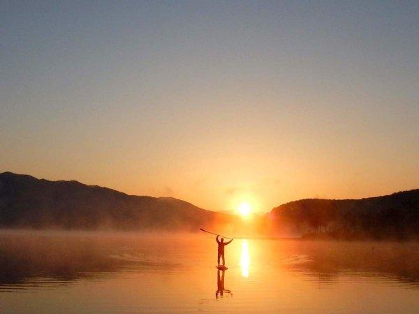 朝日を全身に浴びてリフレッシュできる!早朝ツアーあり