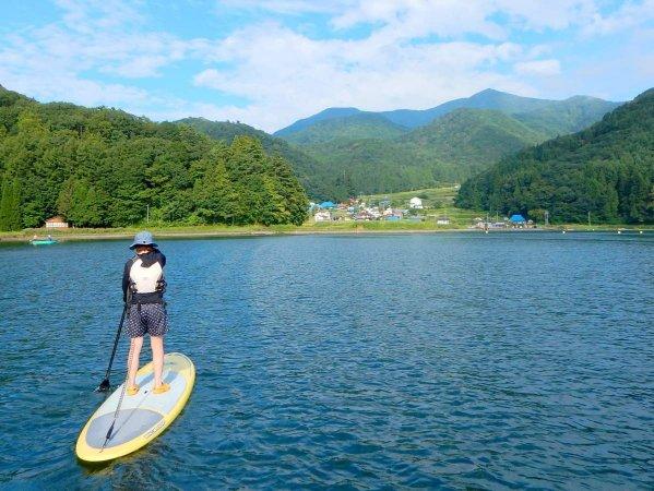 豊かな自然が残る菅川エリアでツアーを開催
