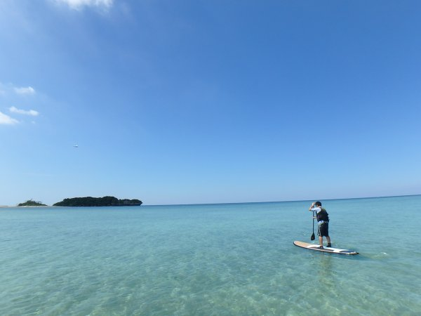 沖縄の開放感あるフィールドでSUPを楽しもう!