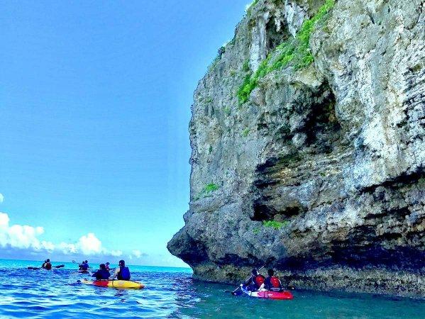 手つかずの自然が残る、美ら島海道でのカヤック冒険譚!