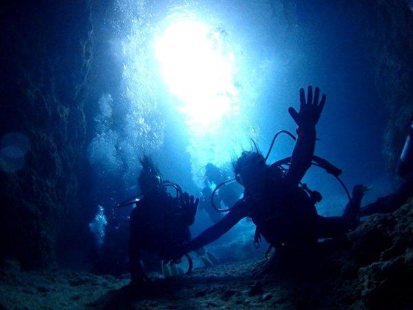 青の洞窟へ!クレアのおもてなし体験ダイビング!
