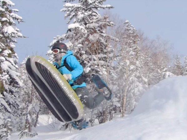 慣れてきたらジャンプにも挑戦!エアボードで冬の大雪山を満喫しよう!