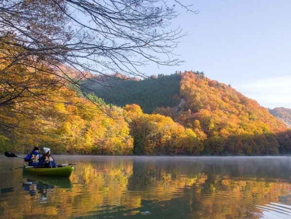 洞元湖 カヌー