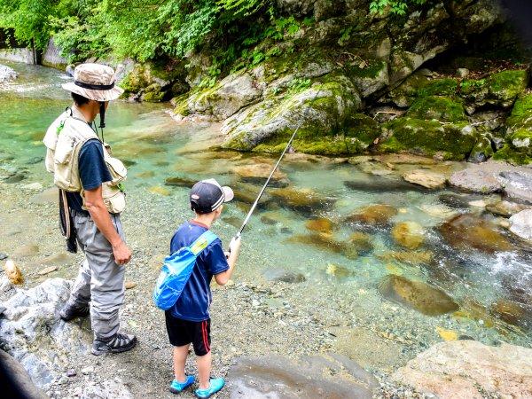 イワナ・ヤマメ渓流釣り