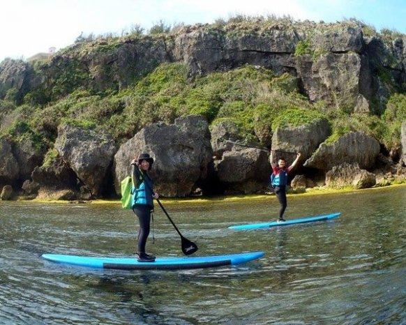 沖縄本島・青の洞窟 SUPクルージング