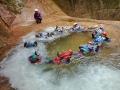 木漏れ日の中、ゆっくり渦巻く淵にぷかぷかと浮かぶ。自然の中に溶け込んでいく究極の水遊び!