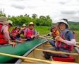 カヌーの上でティーブレイク!湿原の眺めを背景に、ちょっと贅沢な時間をお過ごしください。