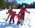 親子で雪遊び満喫!お子様連れでも無理なく楽しめるファミリー専用の人気コースもあります。
