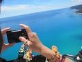 上空では自由に手が使えますので、ご自身のカメラや携帯電話での撮影もOKです!