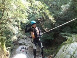 天竜川源流シャワークライミング&キャニオニングツアー