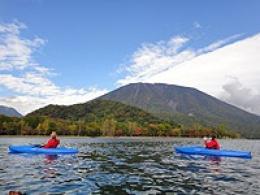 中禅寺湖カヌーツアー(カヤック)