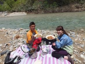1日コースはランチ付き!湖畔で食べるランチは格別です!