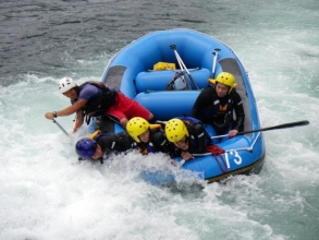 日本でも屈指の清流長良川!激流ラフティングと、のんびり癒される川遊びの両方を満喫できます!