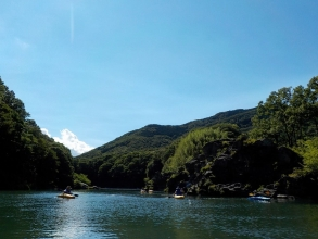 大自然に包まれた玉淀湖・荒川上流