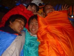 日本でもここだけ!?洞窟内に泊まる「元気人コース」もあり!洞窟内で鍋を囲みながら、特別な夜を過ごしましょう!