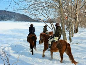 冬の外乗、北海道の美しい自然が目の前に広がります。