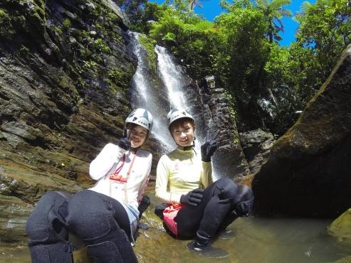 西表島トレッキング(沢歩き)ツアー